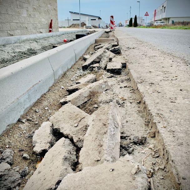 Výstavba chodníka Hviezdne bývanie - ŽST Kvetoslavov