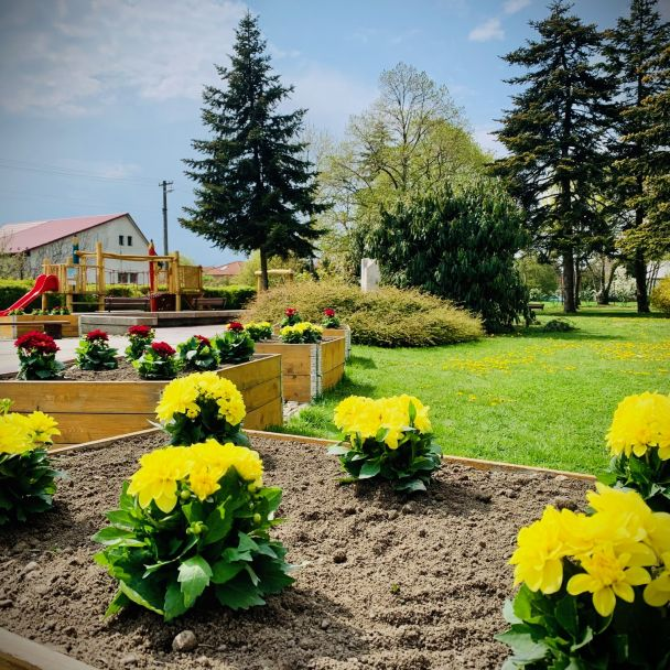 Jarná výsadba v Parku P. O. H.