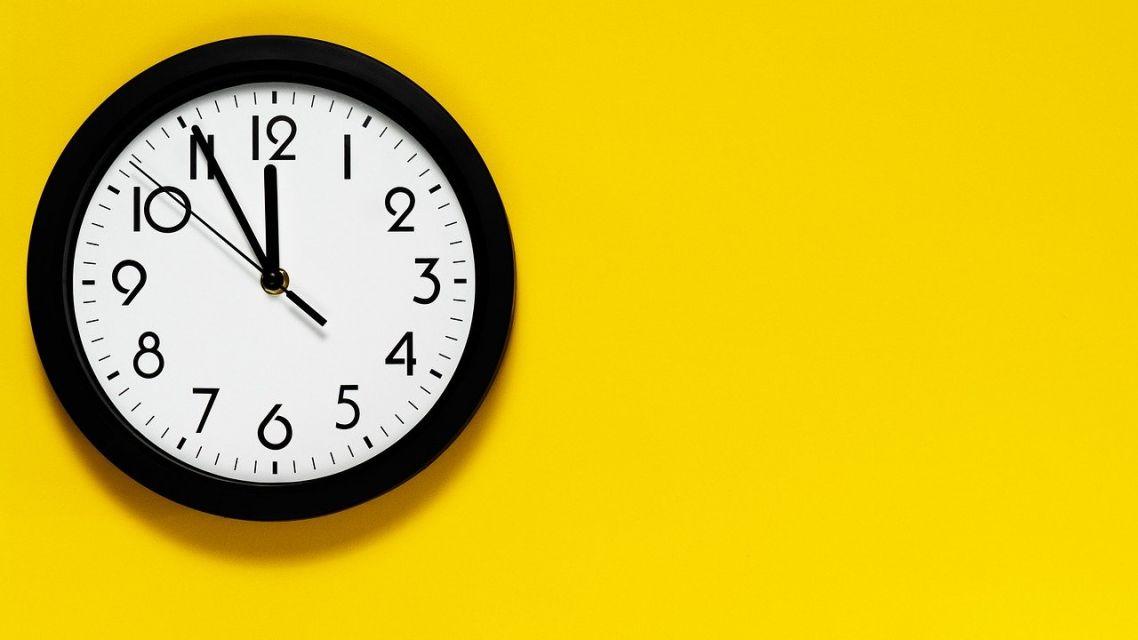Úradné hodiny našich úradov sa menia a zjednoducujú