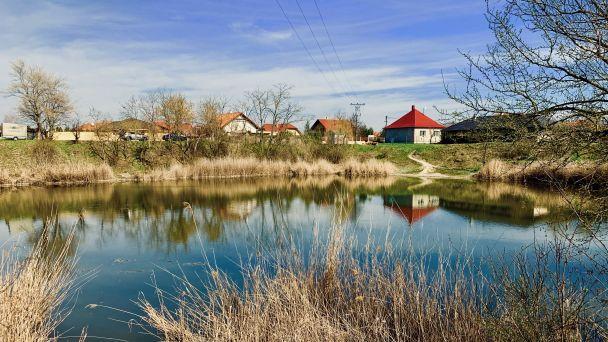 Obec spája sily pre významnú revitalizáciu rybníka v Podháji