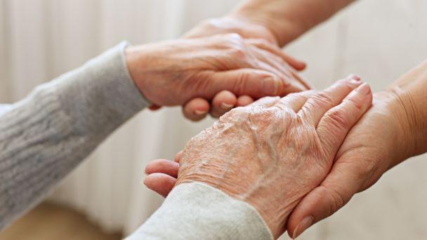 Opatrovateľská služba v obci - zisťovanie záujmu od našich občanov